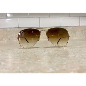 Authentic Aviator Ray bans, like new with case